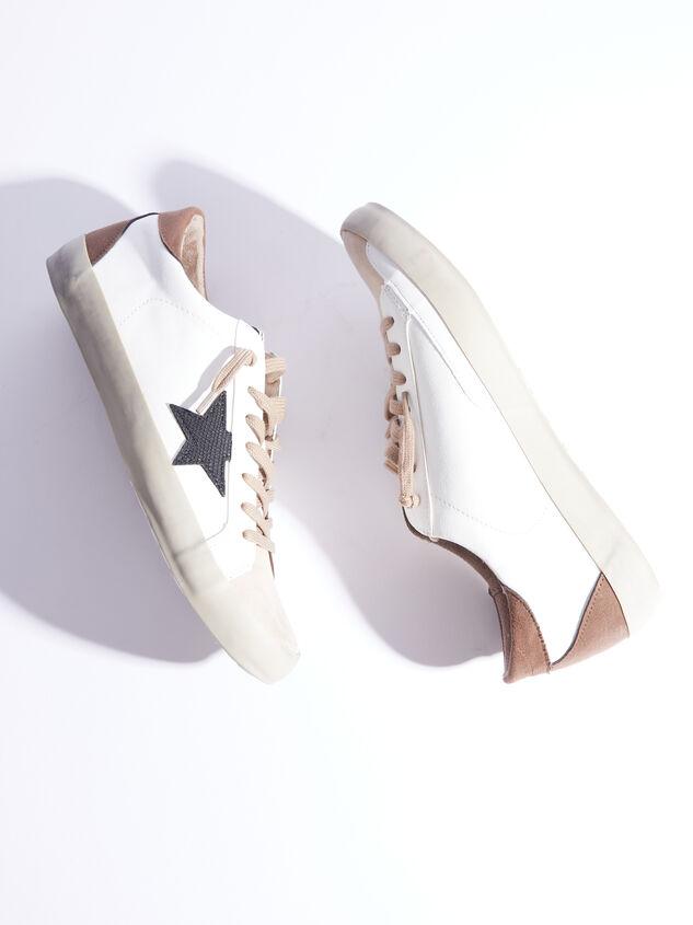 Pamela Sneakers Detail 5 - ARULA