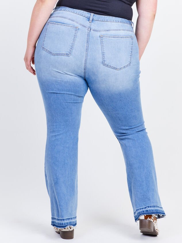 Incrediflex Release Flare Jeans Detail 4 - ARULA formerly A'Beautiful Soul