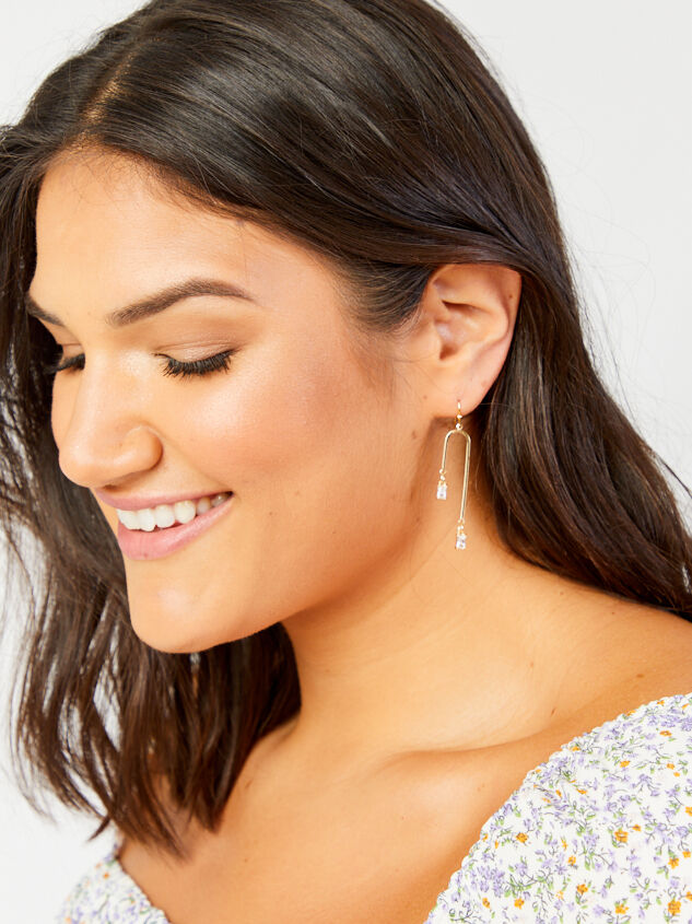 Rohan Earrings Detail 2 - ARULA formerly A'Beautiful Soul