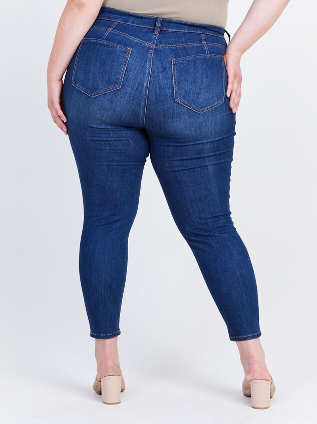 Kaiser Curvy Jeans Detail 4 - ARULA formerly A'Beautiful Soul