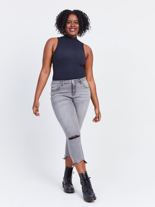 "Incrediflex 26"" Raw Hem Skinny Jeans Detail 5 - ARULA formerly A'Beautiful Soul"