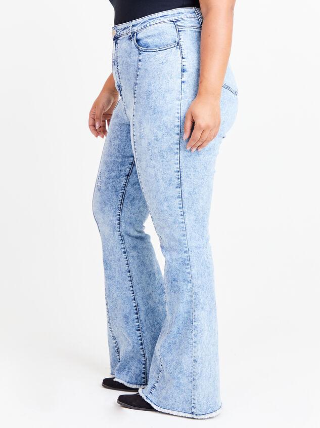 Incrediflex Acid Wash Flare Jeans Detail 3 - ARULA