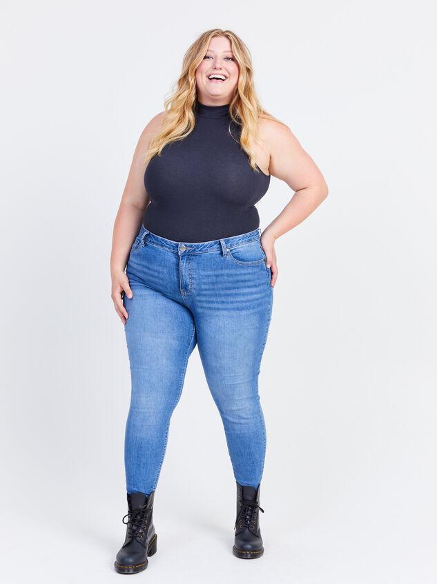 "Incrediflex 29"" Skinny Jeans Detail 1 - ARULA formerly A'Beautiful Soul"