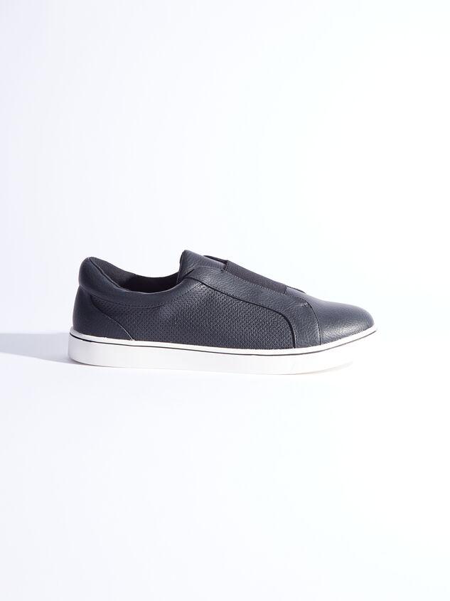 Rery Wide Width Sneakers - Black Detail 2 - ARULA