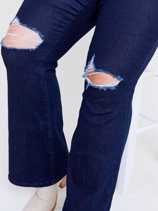 Henley Bootcut Jeans Detail 5 - ARULA