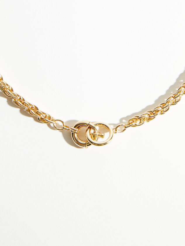 Toggle Rope Chain Necklace Detail 2 - ARULA