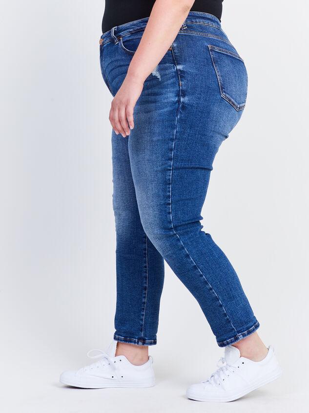 Destructed Girlfriend Jeans Detail 3 - ARULA formerly A'Beautiful Soul