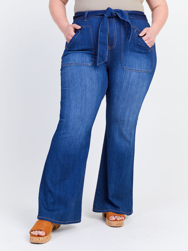 Elise Flare Jeans Detail 2 - ARULA formerly A'Beautiful Soul
