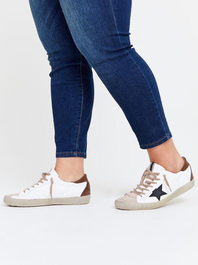 Pamela Sneakers Detail 6 - ARULA