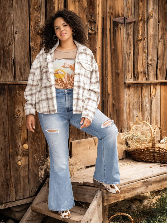 Galveston Flare Jeans Detail 5 - ARULA formerly A'Beautiful Soul