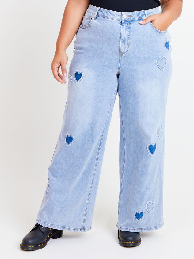 Incrediflex Embroidered Heart Jeans Detail 2 - ARULA