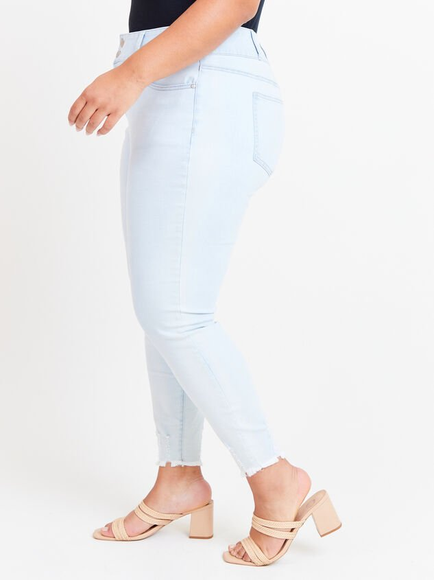Caris Skinny Jeans Detail 3 - ARULA formerly A'Beautiful Soul