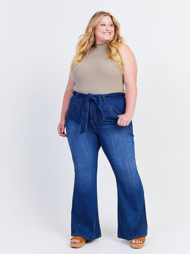 Elise Flare Jeans Detail 1 - ARULA formerly A'Beautiful Soul