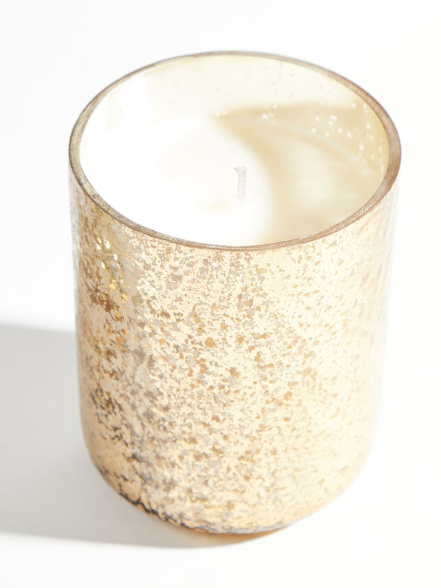 Winter White Candle Detail 2 - ARULA