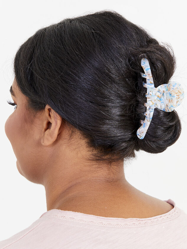 Ivy Claw Clip - White Detail 2 - ARULA