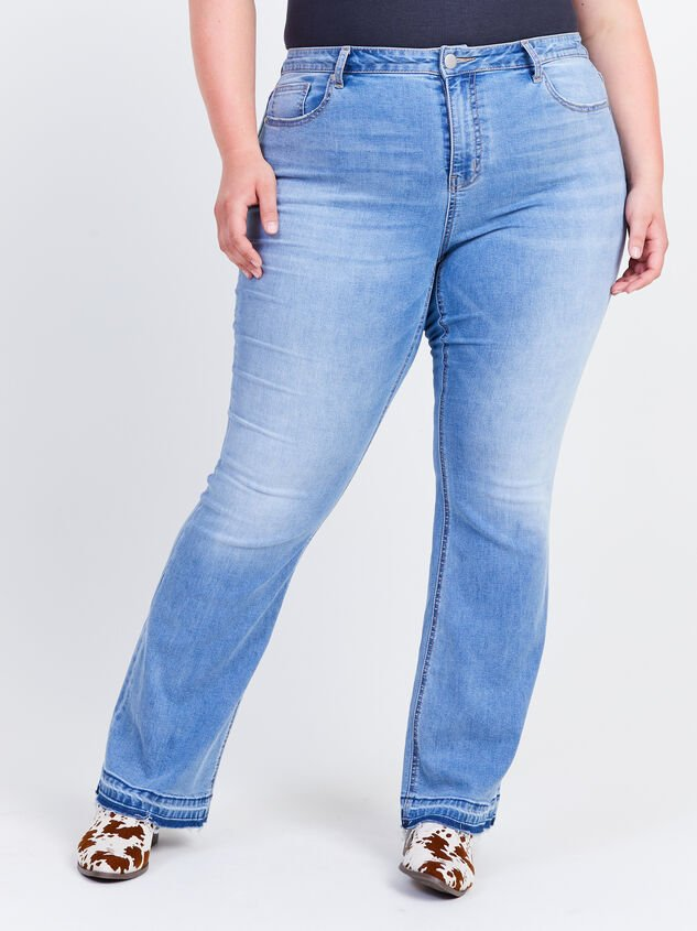 Incrediflex Release Flare Jeans Detail 2 - ARULA formerly A'Beautiful Soul