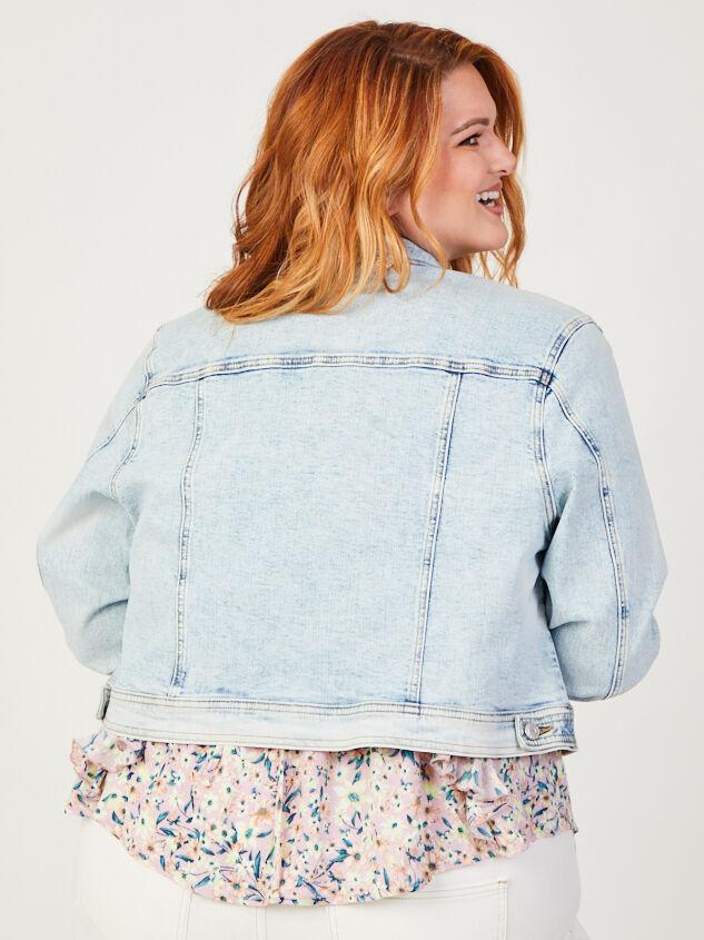 Mae Cropped Denim Jacket Detail 3 - ARULA formerly A'Beautiful Soul