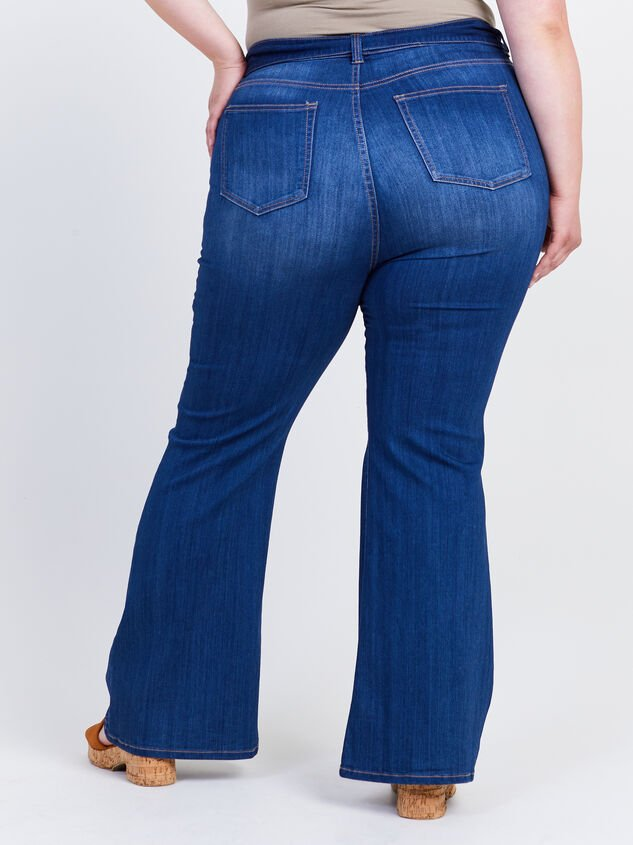 Elise Flare Jeans Detail 4 - ARULA formerly A'Beautiful Soul