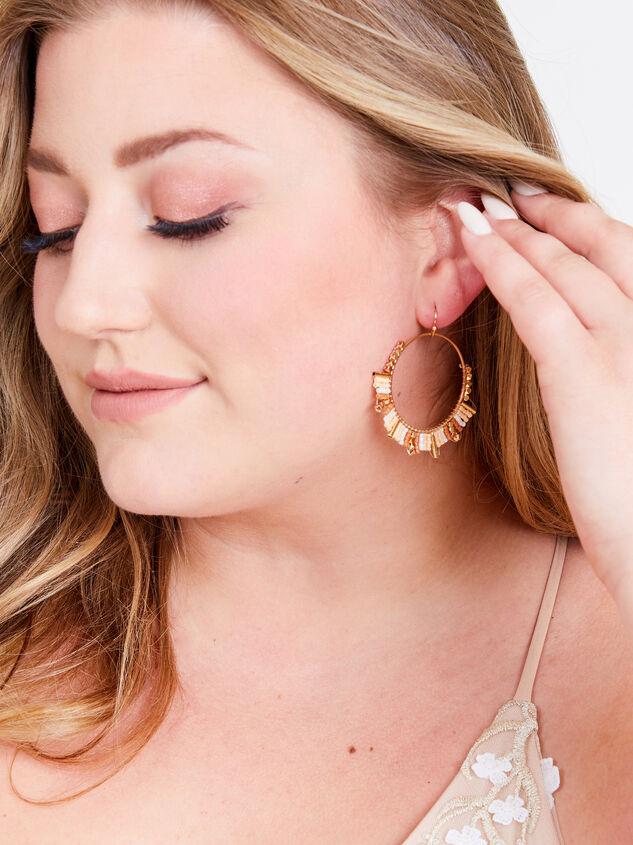 Michaela Earrings Detail 2 - ARULA
