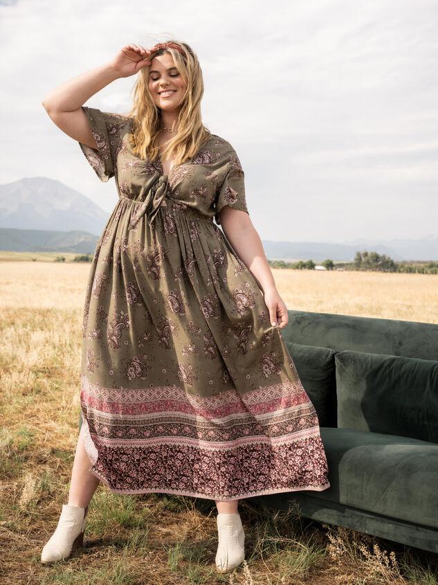 Tish Maxi Dress Detail 5 - ARULA formerly A'Beautiful Soul