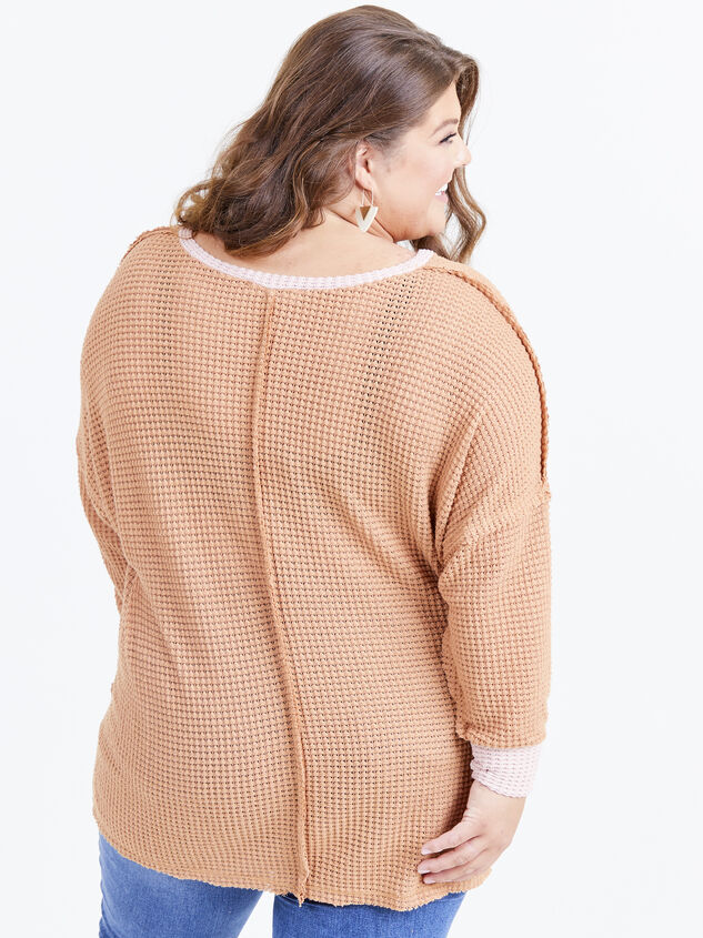 Emerson Thermal Top Detail 3 - ARULA